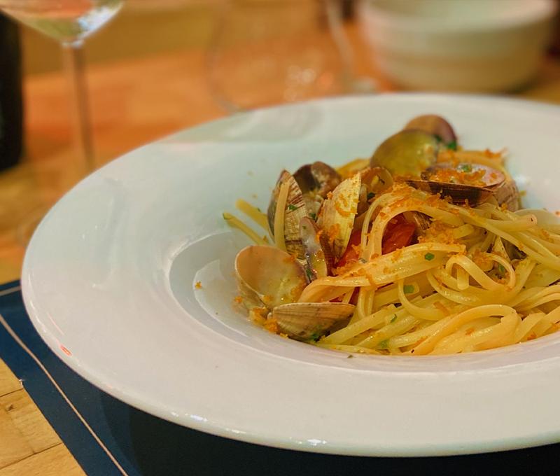 spaghetti vongole clams mussels fish florence Ristorante Osteria Pesce Firenze